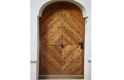 Drzwi zabytkowe zewnętrzne w kościele p.w. Opatrzności Bożej w Ligocie