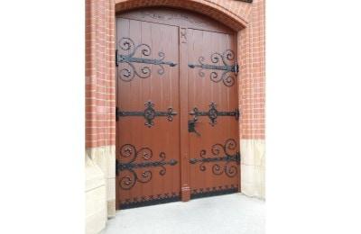 Renowacja drzwi zewnętrznych metalowych